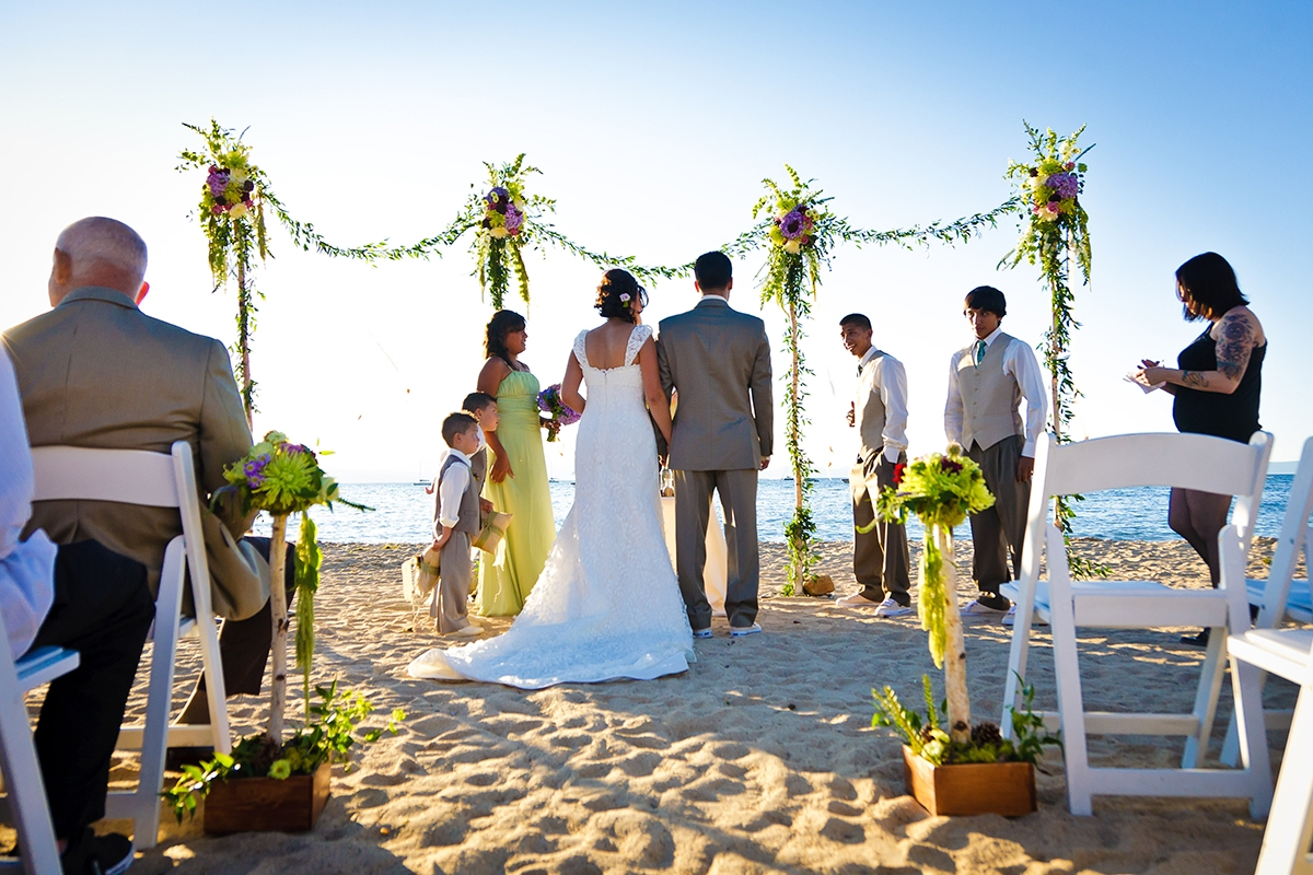 Beach Wedding Ceremony: YOUR GUIDE TO LAKE TAHOE WEDDINGS
